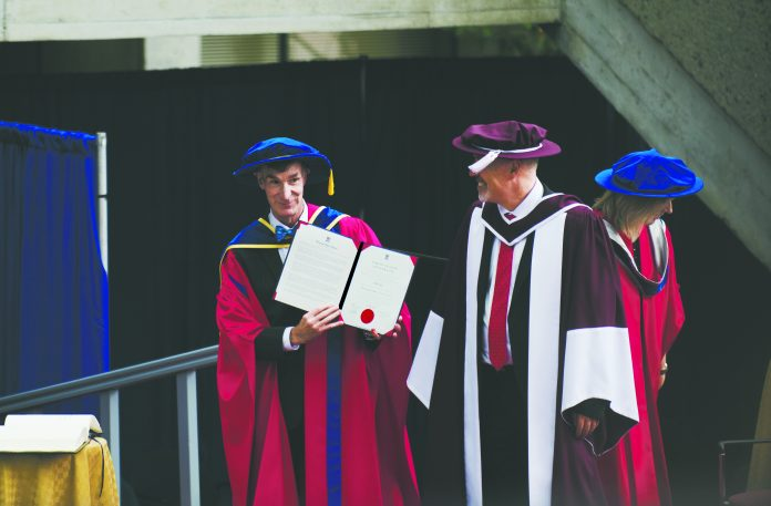 """Bill Nye challenges SFU grads to """"Change the world!"""" 